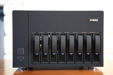 U-NAS NSC-810 Server Chassis (Power Supply Not Included)